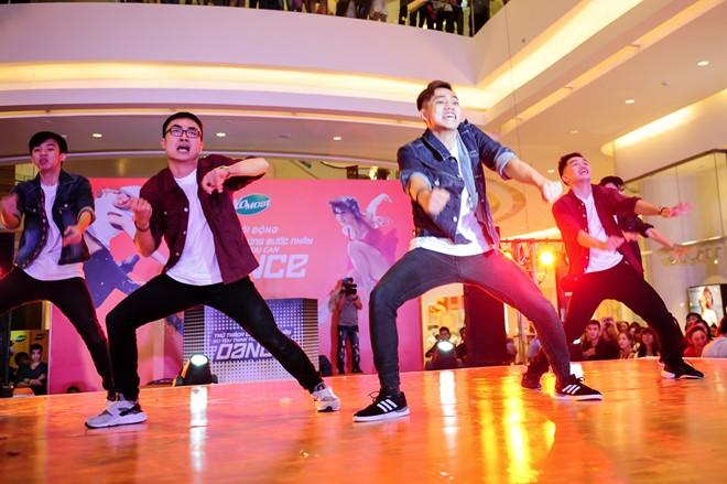Fastevent cho thuê nhóm nhảy Flashmob chuyên nghiệp