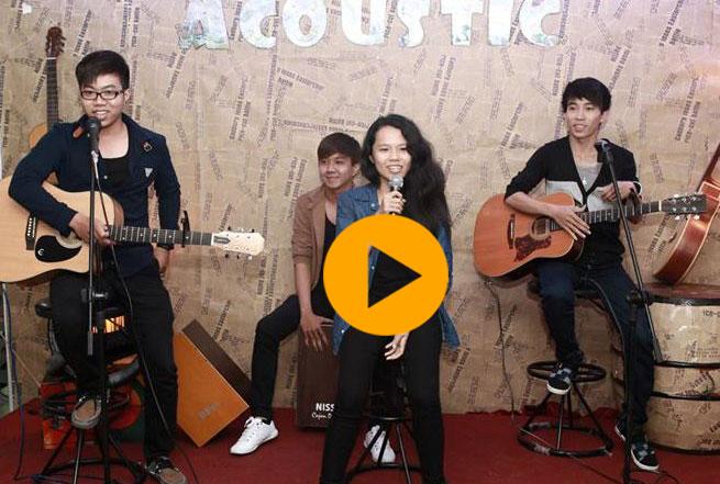 ban-nhac-acoustic-chuyen-nghiep